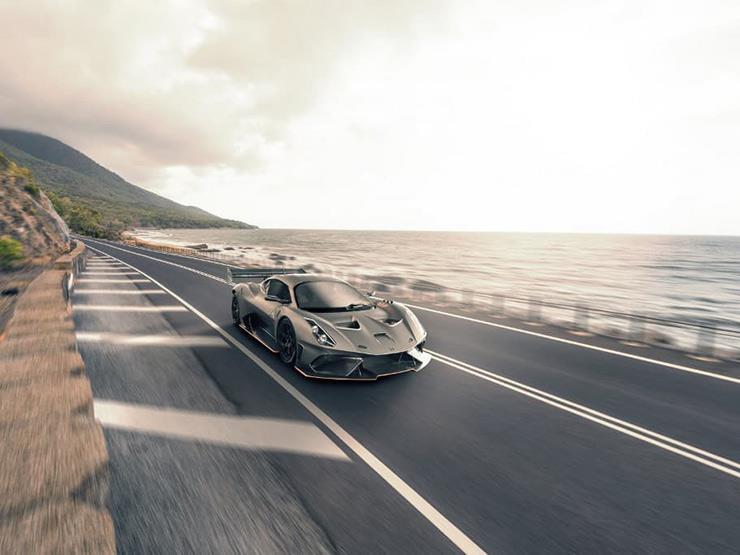 بالفيديو.. نسخة للطرقات من سيارة السباقات BT62 بـ20.6 مليون جنيه
