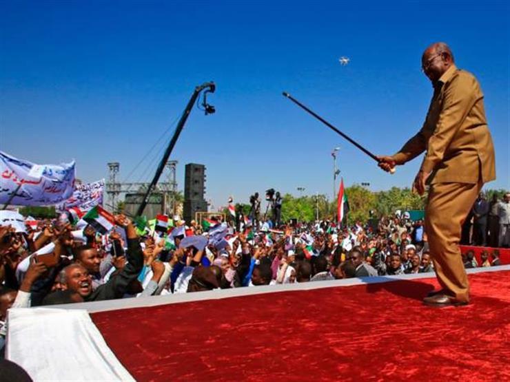 مظاهرات السودان: البشير يقول إن الاحتجاجات لن تطيح به من الحكم