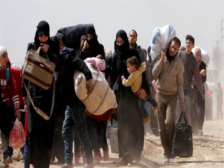 المرصد: إجلاء أكثر من 2000 شخص من آخر معاقل داعش في سوريا
