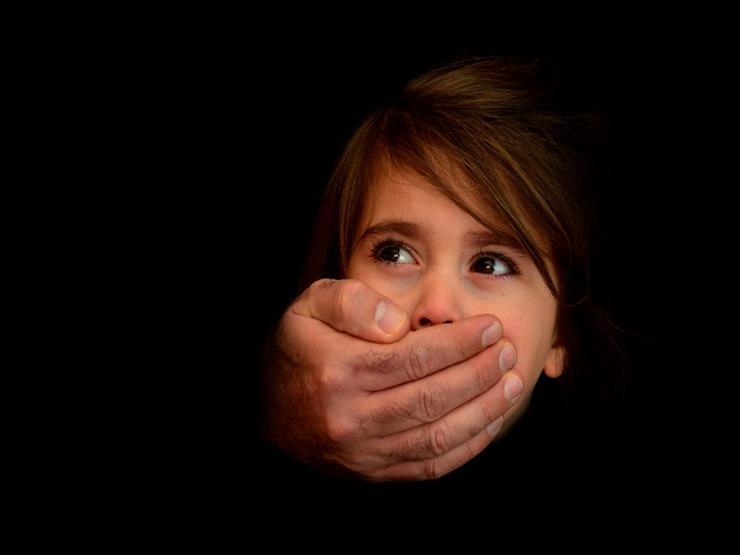 نيبال تلقي القبض على بريطاني بشبهة الاعتداء الجنسي على أطفال
