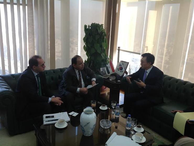 شركات كورية تقدم مقترحا للمالية لميكنة الخدمات الجمركية في مصر