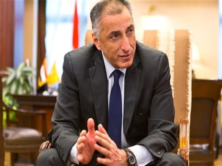 """طارق عامر: """"المركزي"""" يعتزم منح تراخيص لبنوك تعمل في المشروعات الصغيرة"""