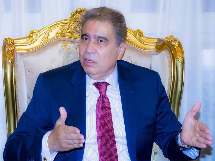 """محافظ المنيا يُحيل مسئول """"أملاك دولة"""" للنيابة بتهمة """"التخاذل"""""""