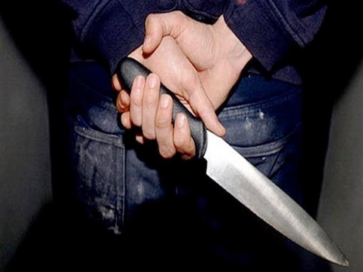 ضحية الشهامة.. طعن مكوجي تدخل لانقاذ امرأة من التحرش وسط الشارع