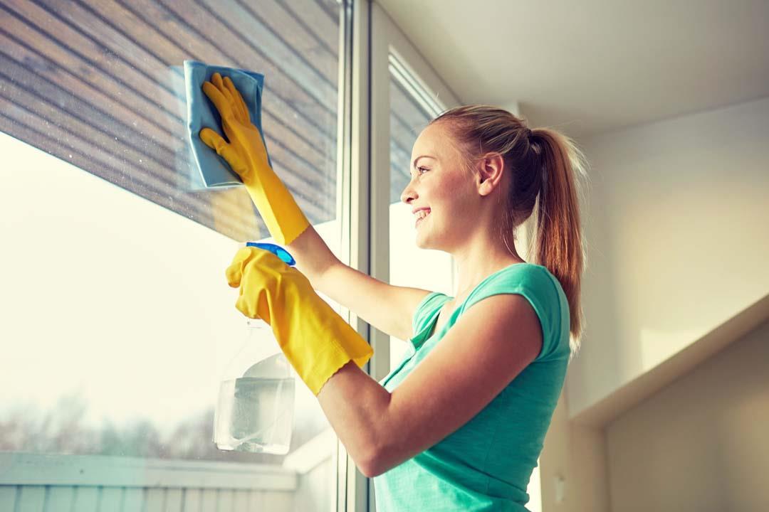 تنظيف المنزل يقلل التوتر والضغط العصبي.. لماذا؟
