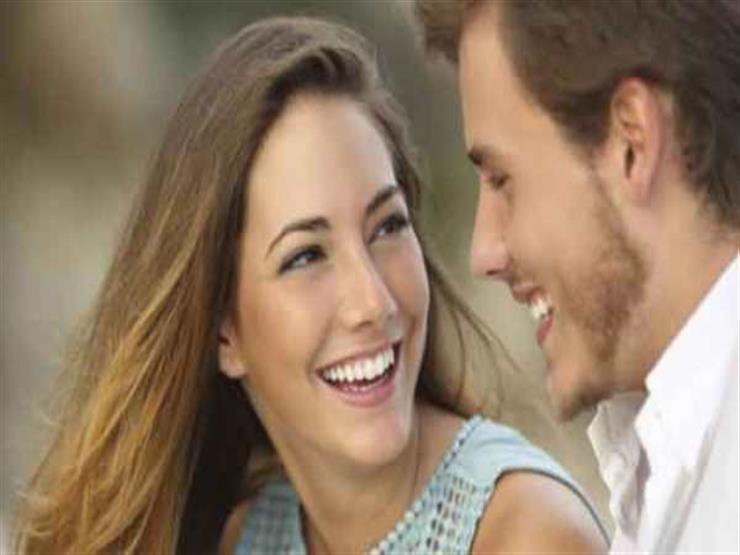 للتأكد من حبه.. 6 علامات تبين لك حب الرجل الحقيقي من المزيف
