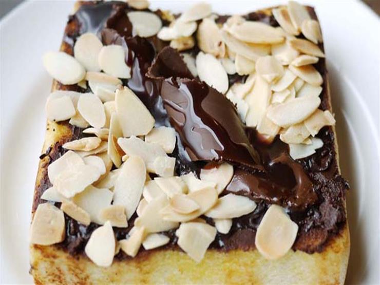 لمحبي الحلويات.. إليكٍ طريقة عمل شرائح الشوكولاتة