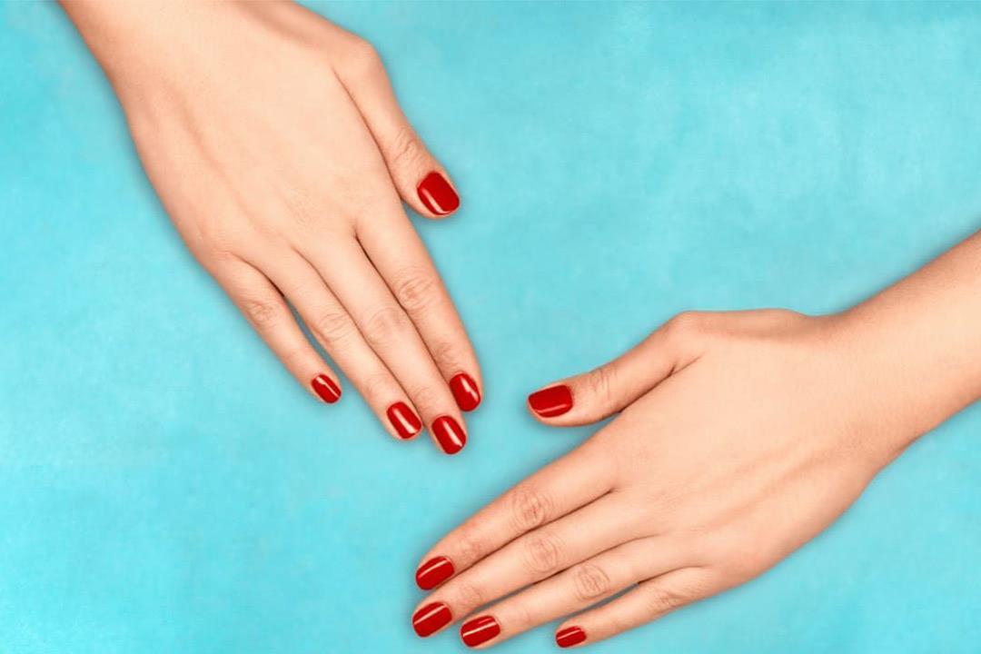 """أسباب متعددة لـ""""تورم الأصابع"""".. بعضها يشير لمشكلات خطيرة (صور)"""