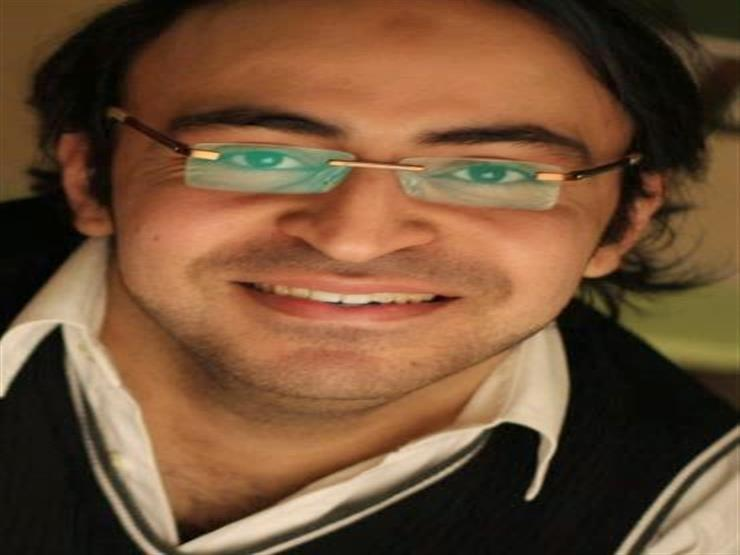 """أحمد يونس: لا أقارن نفسي بأحد.. وراديو """"9090"""" نقلة في حياتي"""