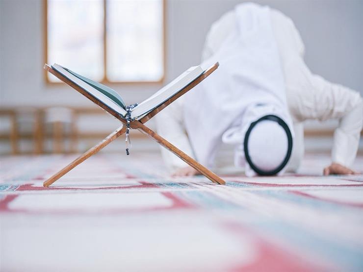 فتاوى الصلاة (57): ركوع الإمام بعد سجدة التلاوة بدون أن يقرأ شيئا من القرآن