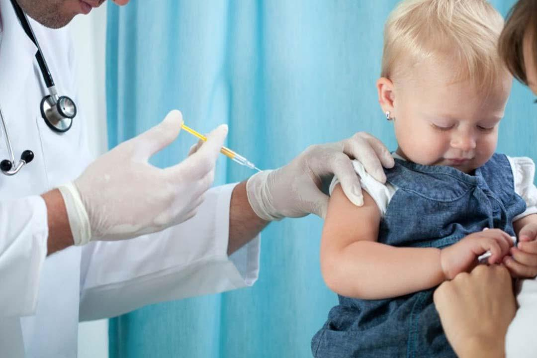 احتياطات ضرورية لوقاية الطفل من حساسية حقن المضاد الحيوي