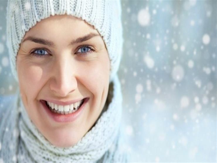 10 نصائح للعناية بشفتيك في الشتاء