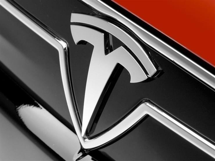 """""""تيسلا"""" تقترب من الحصول على موافقات لبيع سيارتها """"الفئة 3"""" في أوروبا"""
