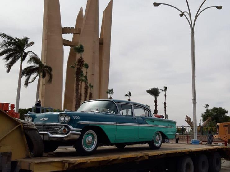 سيارة وزير السد العالي تصل لأسوان تمهيدا لعرضها في احتفال ذكرى إنشاء السد