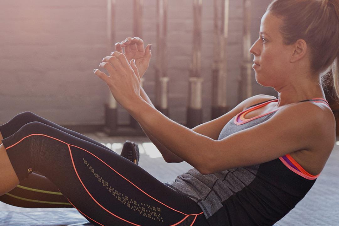 كيف نحصل على عضلات بطن مثالية بطرق طبيعية؟