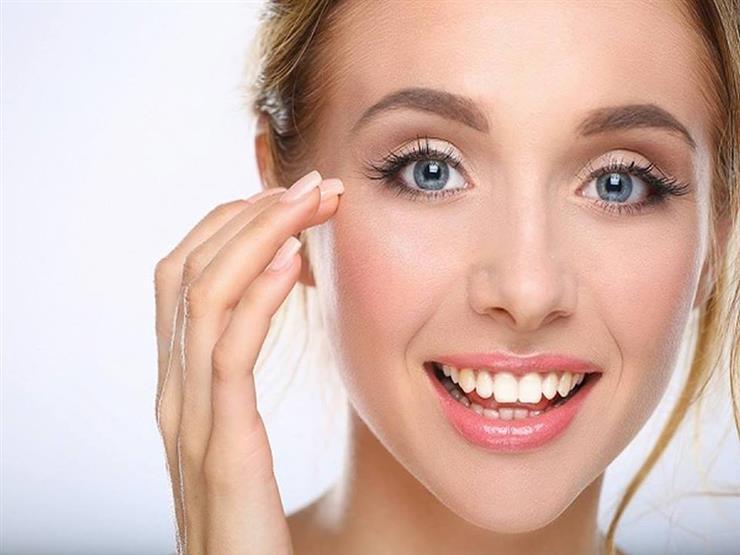 لبشرة مثالية.. 11 نصيحة من خبراء التجميل