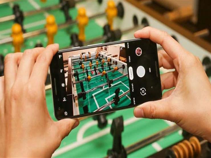 """""""قابل للطي"""".. أبرز الهواتف الذكية المتوقع عرضها في """"CES 2019"""""""