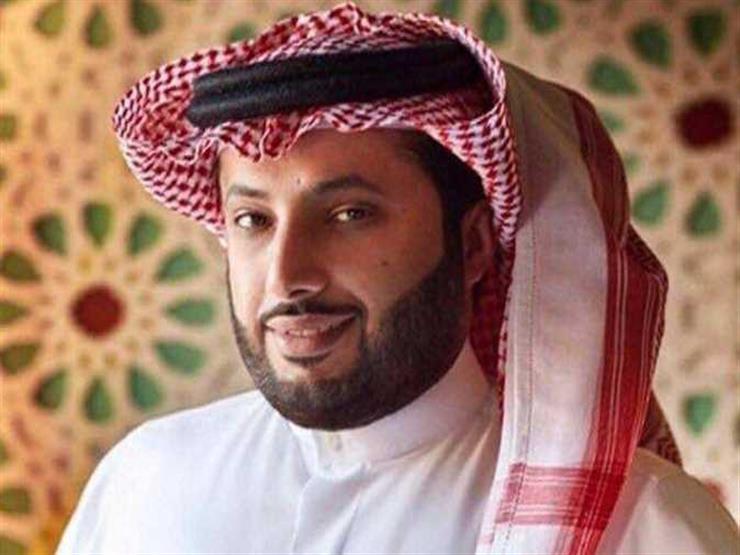 """تركي آل الشيخ يسأل عمرو دياب: """"الألبوم اتقفل ولا لسه؟"""""""