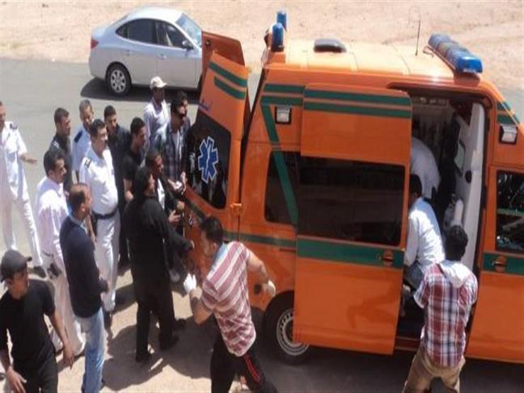إصابة شاب صدمته سيارة أمام مجلس مدينة الزقازيق في الشرقية