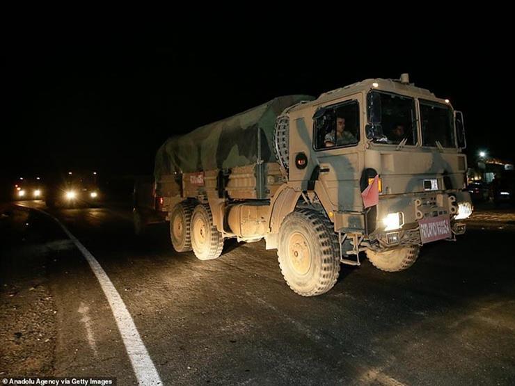 المرصد: تركيا أرسلت آليات إلى إدلب منذ بدء وقف إطلاق النار