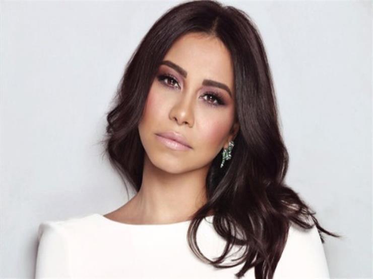 شيرين عبدالوهاب تتبرع بعائد حفلها للمتضررين من حرائق لبنان