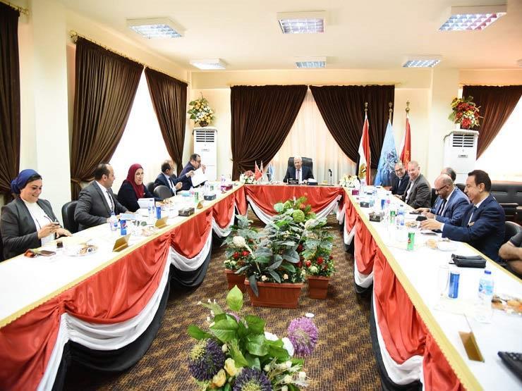 محافظ بورسعيد: ندعم المستثمرين وتسهيلات كبيرة للجادين