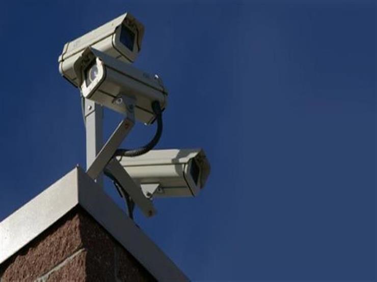 """كاميرات مراقبة كشفت الخدعة.. طالبة تدعي اختطافها: """"منقبة خدرتني ونقلتني شبرا"""""""