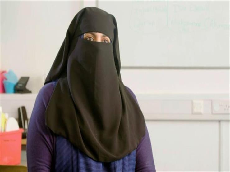 مديرة مدرسة إسلامية غير مسجلة في بريطانيا تتحدى السلطات وتواصل عملها