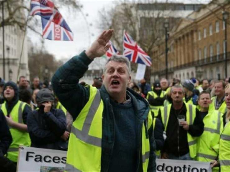 بريكست: مسيرات تطالب بإجراء استفتاء ثانٍ وأخرى مؤيدة للخروج