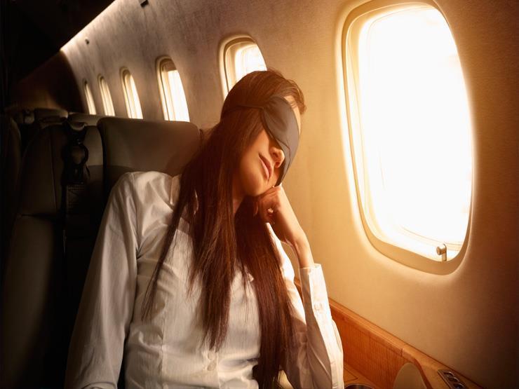 8 نصائح لنوم مريح على الطائرة