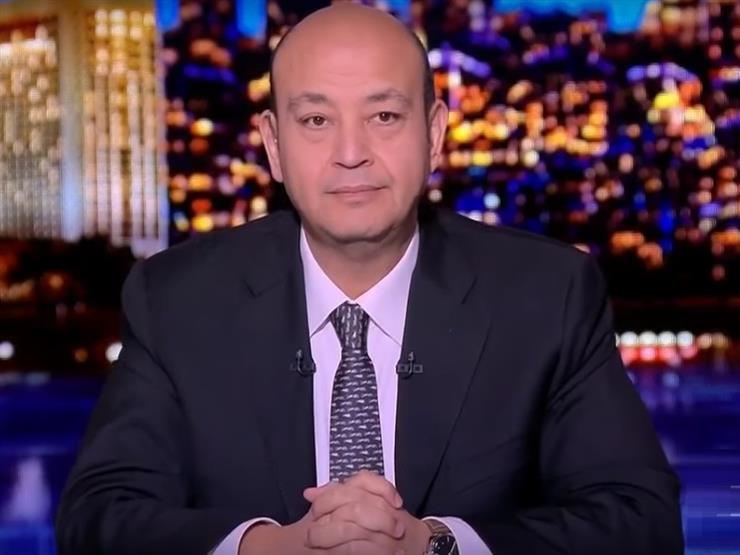 """""""إخوان تركيا بتوع سبوبة"""".. أديب يعرض محادثة بين محمد علي وإخواني هارب"""
