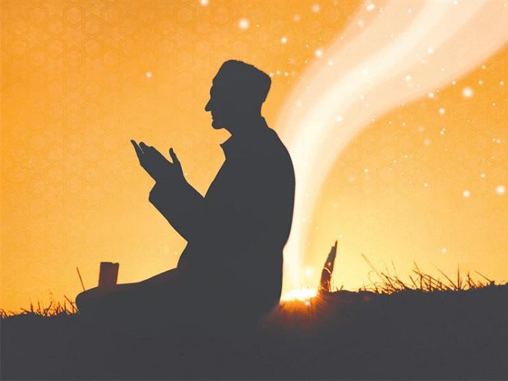 الأزهر: الدعاء في خفية وتضرُّع أَلْيَق بجلال الله وعظمته