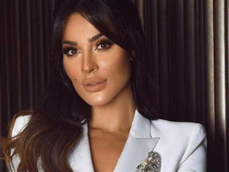 دون مكياج.. هكذا أعلنت نادين نسيب نجيم عن عملها الجديد