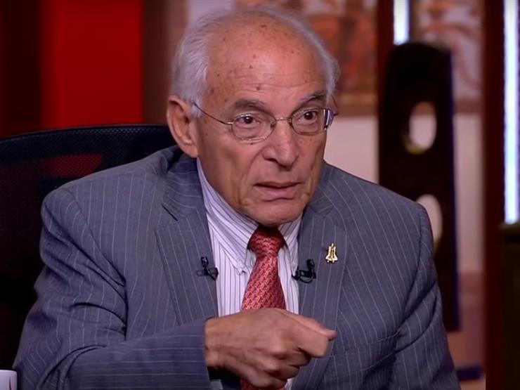 """""""لن يتعرض للانهيار"""".. الباز عن احتمالية تعرض سد النهضة للزلازل والبراكين"""