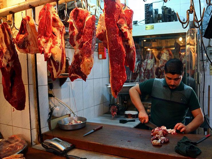 """""""انخفاض مؤقت"""".. رئيس شعبة القصابين يوضح أسباب تراجع أسعار اللحوم"""