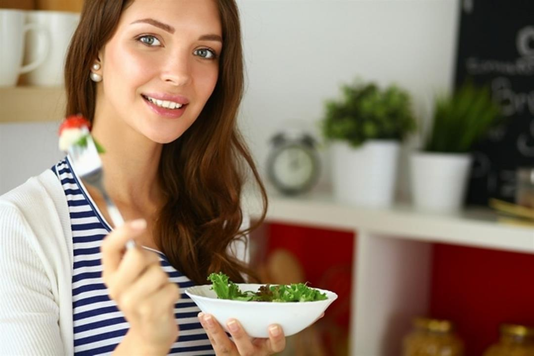 8 أطعمة تخفف آلام الدورة الشهرية (صور)