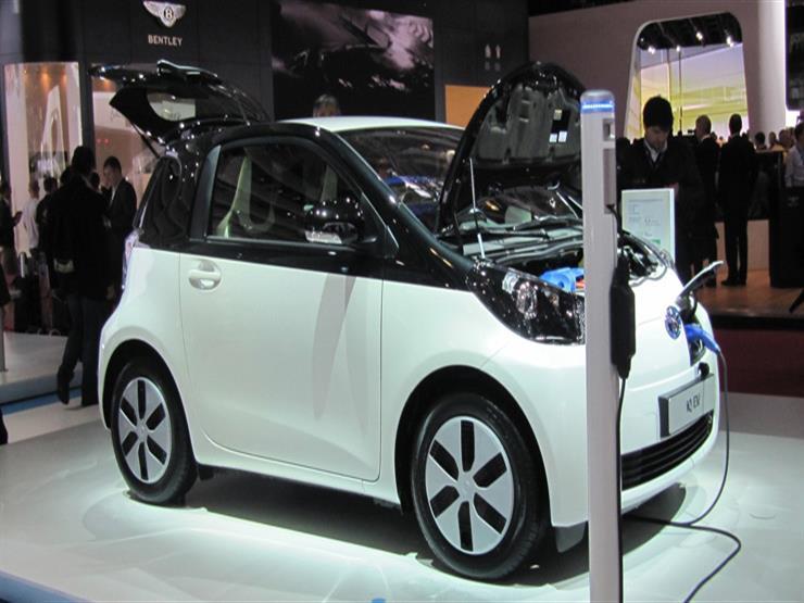 """""""تويوتا"""" تعتزم بيع سيارات كهربائية صغيرة بأوروبا تفاديًا لفقدان تنافسيتها"""