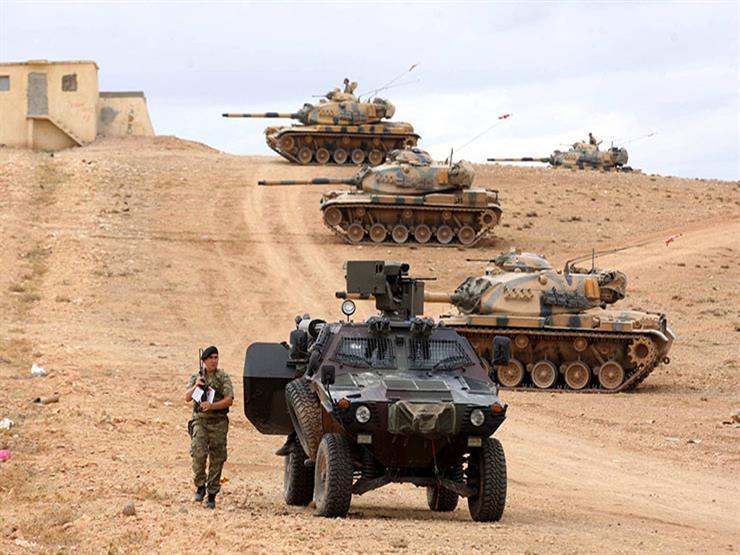 القوات التركية وعناصر موالية لها يفرقان مظاهرة في ريف حلب