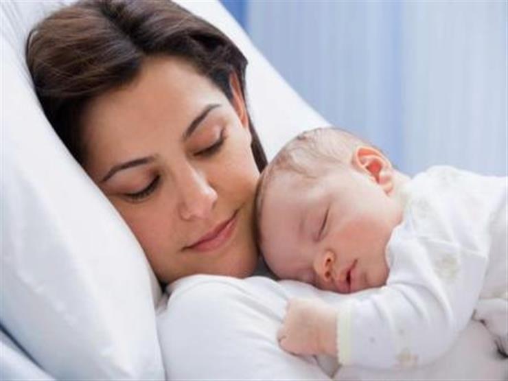 بعد تحذير الأرصاد من الخروج.. كيف تحمي الأمهات أطفالهن من الطقس السيئ؟