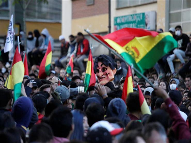 بوليفيا تأمر الدبوماسيين الفنزويليين بمغادرة أراضيها