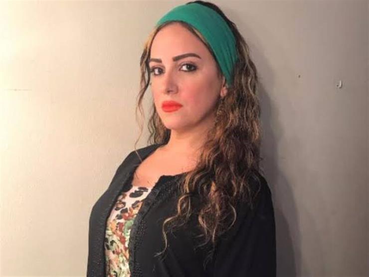 ريهام عبدالغفور تهنئ أمينة خليل بعيد ميلادها