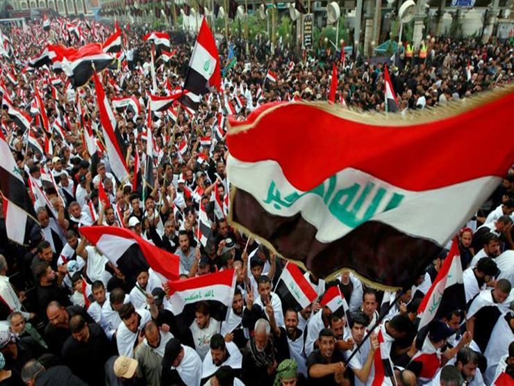 فيسبوك وتويتر الأداتان الأساسيتان لثورة العراقيين