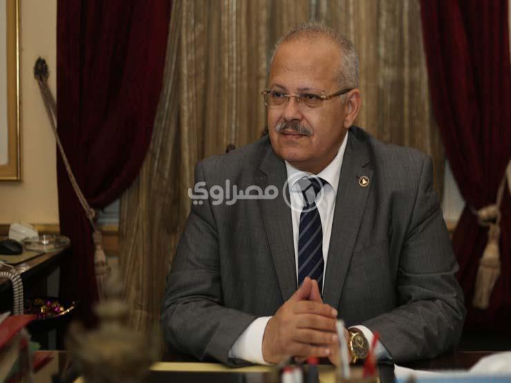 رئيس جامعة القاهرة يكرم وزير الرياضة   مصراوى