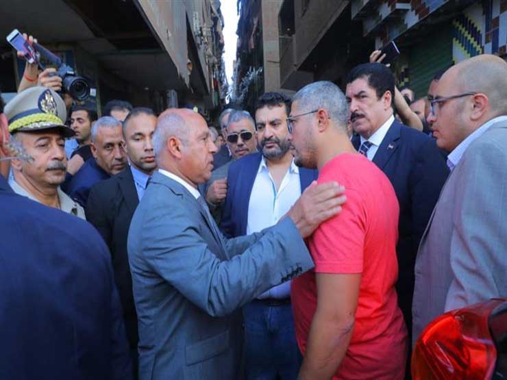 """""""عايز حق أخويا من الموظف اللي عندك"""".. شقيق ضحية القطار يكشف كواليس زيارة الوزير"""
