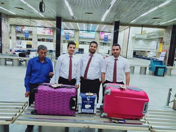 ضبط سجائر إلكترونية مع راكب بمطار القاهرة