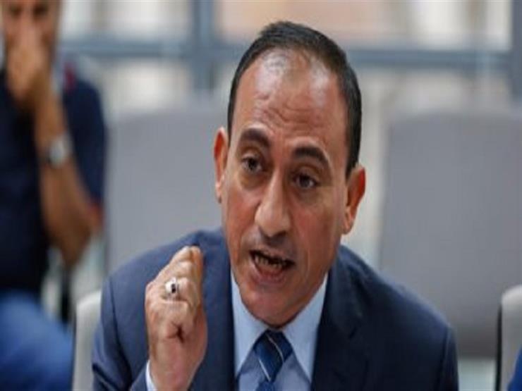 بعد واقعة الفيوم.. برلماني يطالب بعقد امتحانات إملاء للمسئولين بالأماكن القيادية