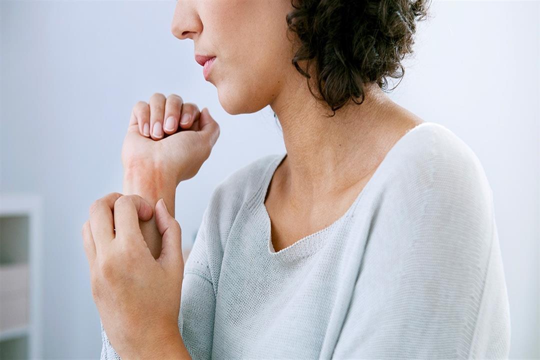 6 علامات تدل على الإصابة بالجفاف.. إليك طرق الوقاية منه