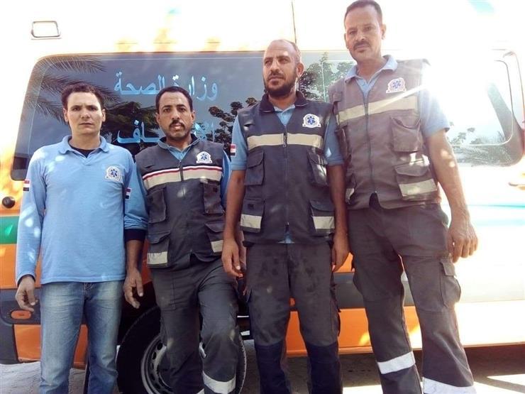 المسعفون الشرفاء.. سلموا أموال أسرة متوفاة ومصوغاتها للشرطة ببني سويف