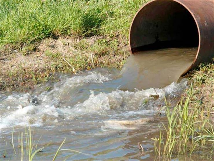 البحوث الإسلامية: إلقاء مياه الصرف في الأنهار والترع أو على الطرق حرام شرعا ومن الكبائر