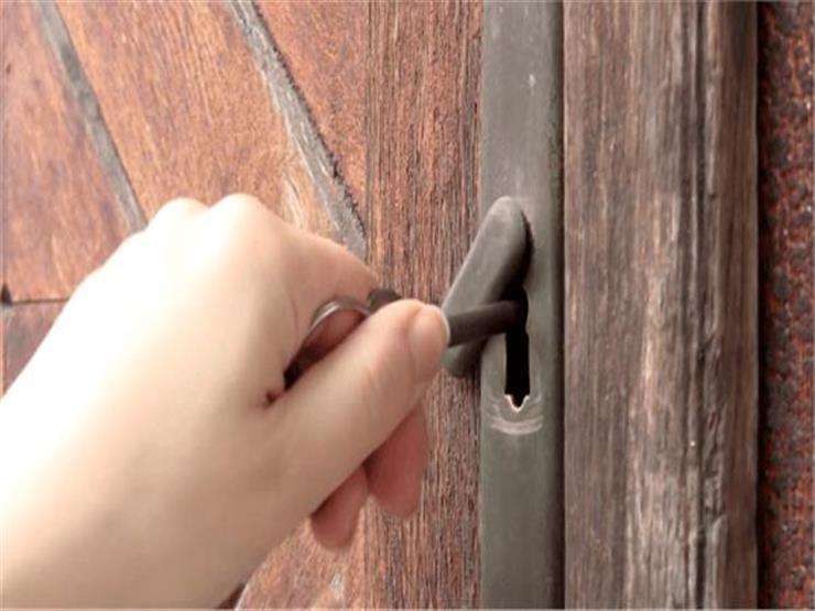 البحوث الإسلامية: يُستحب إلقاء السلام عند دخول البيت الخالي.. وهذه صيغته